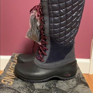 North Face boots { new }